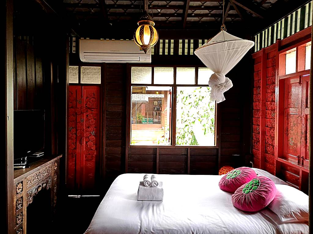 luxury private pool villas phuket